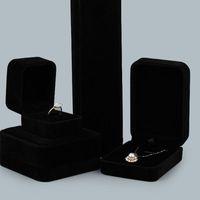 Scatola di imballaggio dei gioielli di velluto di forma quadrata Black Color Box per collana pendente Bracciali anello orecchini orecchini Decor