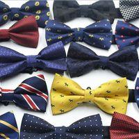 Moda Bowtie 67 color Ajustar la hebilla Raya del bowknot de los hombres Corbata profesional Corbata para el día del padre Corbata Regalo de Navidad Libre TNT FedEx