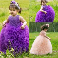 Новый фиолетовый розовый малыш девушки театрализованное платье Sheer экипаж шеи кружева аппликации бальное платье Принцесса милые девочки цветочницы платья