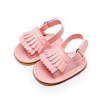 Toptan-1 Çift Göndermek Katı Yenidoğan Bebek Yürüyor Kız Erkek Bebek Yumuşak Kauçuk Soled Kaymaz Açık Ayakkabı Beşik Saçak Yaz Ayakkabı