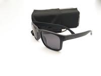 Gafas de sol polarizadas mujeres de los hombres de lujo Nuevo Mejor Versión de gafas de sol TR90 de la lente UV400 Deportes Gafas de sol con la caja y la bolsa