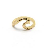 Оптовые новые поступления на модное покрытие серебряное однометальное модное волновое кольцо