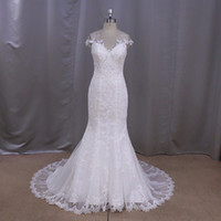 100% Real Pictures Mermaid Sheer Scoop Wedding Dress Lace Ap...