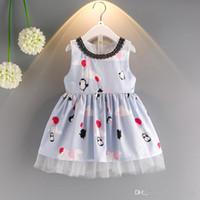 efa9103d58ab New Summer Baby Girl Dress Penguin cartone animato il modello in cotone  gilet in cotone Sundress Fashion Kids Clothes