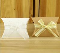 Papier kraft oreiller boîte-cadeau de mariage Favor Party Favor Boîtes bonbons cadeau papier boîte cadeau Sacs wit Ruban