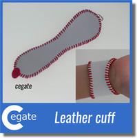 Baseball oder Softball Manschette Armband ... Personalisierte Sport Armband ... Hand gestempelt