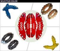 4 pz ABS Rosso Colori Universale Auto 3D Style Style Pinza Freno Copertine Anteriore Posteriore Taglia m + L Per Large SUV Highlander ETC rosso blu
