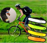 Hot Outdoor Sports Safety LED lampeggiante bracciale bracciale cinturino da polso per arrampicata in bicicletta spedizione gratuita