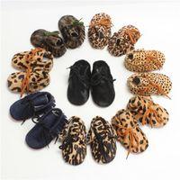Venta al por mayor- Moda Leopard Newborn Baby Kids First Walker Zapatos Cuero genuino Niño Niño Niño Mocasines Soft Moccs Zapatos para 0-2T