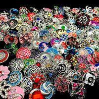 Wholesale lot mixage styles styles gingembre mode 18mm métal strass snaps bouton snap bijoux tout neuf
