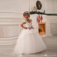 뜨거운 케이크처럼 판매 공주 화이트 Tulle 레이스 투투 공 가운 긴 꽃 소녀 드레스 전문 사용자 정의 드레스 크기