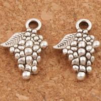 Grape Fruit Charms Pendentifs 200pcs / lot 18x12.8mm Antique Silver Jewelry DIY L363 Constatations de bijoux Composants