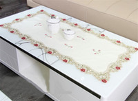 Européenne de luxe avec Tablecloth bordure en dentelle polyester Table carrée Couverture de broderie Fleurs de mariage Partie à la maison Décoration de table Préférences