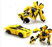 Otomatik makinenin hornets deformasyon monte monte 8711 oyuncak arabalar robot montaj yapı taşları