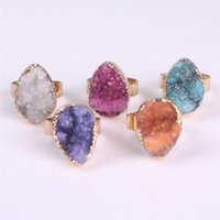 Water Drop Natural Stone Ruvido Drusy Mineral Ring Agate Druzy Gemstone Placcato oro Stud Anello Geode Tear Drop Ring Guarigione Gioielli Energia