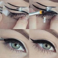 2 Styles Beauty Cat Eyeliner Models Smokey Eye Stencil Templ...