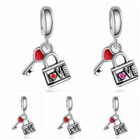 En gros 20 pcs / lot Mode Verrouillage Coeur Amour Clé Conception Alliage métal Balancent DIY Charmes Fit Européen Bracelet Collier Bas Prix