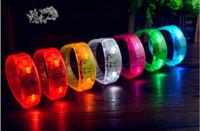 7 Colore Controllo del suono Led Lampeggiante Braccialetto Light Up Braccialetto Braccialetto Musica Attivato Luce notturna Club Attività Party Bar Disco Acclamazione giocattolo