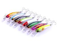 Yeni Balıkçılık cazibesi Tatlısu Minnow Krank yemler 7g 4 cm ABS Plastik Wobblers lazer Yem Tiz Kancalar Pesca Olta ile Balıkçılık