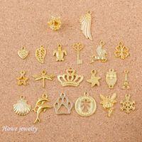 ミックス40ピースの天使クラウンシェルウィングス形状の魅力ゴールドカラーフィットブレスレットネックレスDIYメタルジュエリーQ005