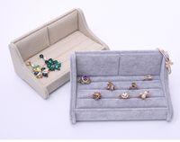 [Simple Siete] Breve coreana pulsera de lino Sofá Pantalla pares del amante de los anillos caso de la alta calidad del hielo terciopelo pernos prisioneros del pendiente del envase