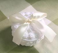 장미 결혼식 호의 사탕 주석 우아한 꽃과 활 파티 장식을위한 리본으로 장식 된 선물 상자 예쁜 웨딩 액세서리