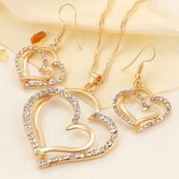 قلادة الزفاف الفاخرة والقرط مجموعة أزياء الذهب والفضة والمجوهرات القلب سحر