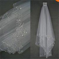 Neue Romantische Brautschleier mit Kamm Kurzweiß / Elfenbein Elegantes Hochzeitszubehör Luxus Perlen Rand 2 Schichten Hochzeit Schleier