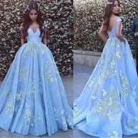 Off-the-shoulder Halsausschnitt Ball Abendkleider mit Perlen Spitze Appliques Blue Prom Dress Vestido Formatura Partykleid