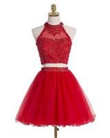 Robe courte rouge Retrouvailles de bal Halter Une ligne Deux Pièces Applique Sequin perles élégante Tulle dos creux Designer personnalisés Graduation Robes