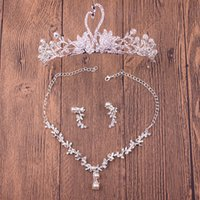 2017 Free Shipping Wedding Tiaras Headpieces Hair cheap Set Crowns Necklace Earrings Alloy Crystal Sequined Bridal Jewelry Accessories