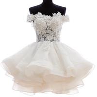 Abito da sposa corto al largo di alta qualità Vedi attraverso lunghezza del ginocchio Abito da sposa con applicazioni in pizzo Vestido de Noiva Robe De Mariage