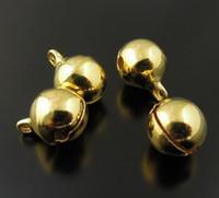 El envío libre, 10 mm de oro Jingle Bell cuelga los encantos con Loop pequeñas campanas Fit Festival joyería colgantes del encanto de los granos