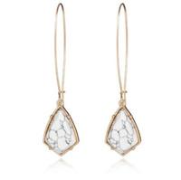 Moda pietra naturale bianco turchese Eardrop orecchini ciondola personalità orecchino di pietra preziosa irregolare orecchino di clip per le donne JE16144