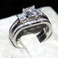 Retro silod 10KT Weißgold gefüllt Platz Drei-Stein Simulierte Diamant CZ Ring Set 2-in-1 Hochzeit Braut Ringe für Frauen Größe 5-10