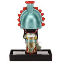 Vertical cartoon Figurine ornamenti tradizionali Cina tre personaggi del business Guan Yu all'estero per inviare regali agli stranieri