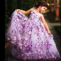 Erstaunlich Purple Blumenmädchen Kleider Schöne V-Ausschnitt 3D-Floral-Applique Tüll Mädchen Geburtstag Kleider Gorgeous Mädchen Kleid für Hochzeiten Anlass