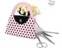 50 set / lotto spedizione gratuita bridal shower favors pedicure set rosa polka dot borsa manicure set regalo di festa di nozze favori