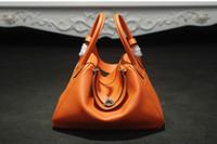 Sıcak tarzı 2017 Yüksek Kalite Kadınlar için Hakiki Deri Çanta Ünlü Marka Tasarımcısı omuz Çantaları Kadınlar iki Omuz Çantası popüler totes çanta