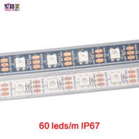 60LEDS / م 2812B بكسل رقمية لون الحلم مرنة LED قطاع الخفيفة WS2812 قطاع بكسل، أبيض / أسود الكلور، وماء أو غير مقاوم للماء IP67 / IP20