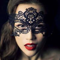 Mascarade Masques De Mode Noir Blanc Sexy Dentelle Masques Vénitien Demi Masque Pour Dame De Noël Halloween Cosplay Partie Masques Pour Les Yeux