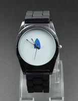 2017ファッションクローバー女性腕時計メンズユニセックス3葉リーフスタイルダイヤルシリコンストラップアナログクォーツ腕時計クリスマスギフトレリーゴオ