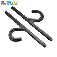 50 unids / lote 121.5mm Longitud Plástico Percha Gancho de Suspensión Para Calcetín Stocking Ropa Interior Accesorios de Embalaje
