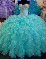 Nuovo Amoting Quinceanera Dress Dress Corset Back Crystals Beaded Sweet 16 Abiti Ruffled Organza Due colori Turquoise Debutante Abiti