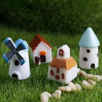 Mini Resina Simulazione Chiesa Castello Mulino a vento Capanna Cabin House Fairy Garden Miniature Craft Micro Landscape Cottage Decoration