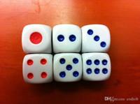 D6 13mm Blanc Normal Dés 6 Face Rouge Point Bleu Haute Qualité Dés Bosons Shaker Dés Accessoires de jeu de société Jeu de Dés Bon Bon Prix # N45