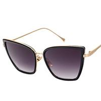 أزياء الإطار المعدني القط العين المرأة النظارات الشمسية الإناث النظارات الشمسية العلامة التجارية الشهيرة مصمم ساحة الساقين النظارات