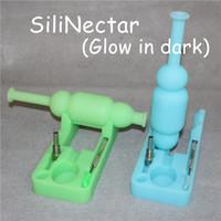 Nuovo tipo di collettori luminosi SiliNectar Collettore di nettare di silicio con chiodo in titanio da 10 mm e strumenti di intubazione Tubi di silicone per narghilè DHL