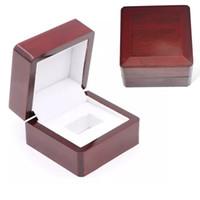 خواتم صناديق هدية صناديق بطولة صناديق المجوهرات الدائري صندوق خشبي 6.6 * 6.6 * 4.5 سنتيمتر