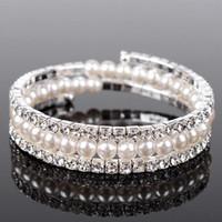 Luxus Perlen 3 Reihen Strass Stretch Armreif Hochzeit Armbänder Brautschmuck Billig Kristalle Armband Für Braut Abend Prom Party
